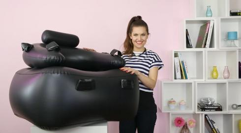 Was ist denn der 'Inflatable Bondage Chair' von Fetish Fantasy? EIS weiß es.