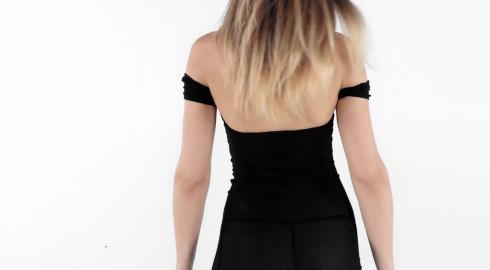 Eine tolle Figur im Kleid 'All Night Wrong Dress' von Pink Lipstick? EIS zeigt es Dir!