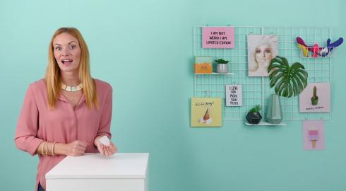 Wie funktioniert die 'Menstruationstasse aus Silikon' von EIS? EIS erklärt es Dir!