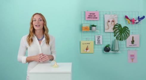 Wie verwendest Du die Massagekerze 'Mach mich an!' von EIS? EIS erklärt es Dir!